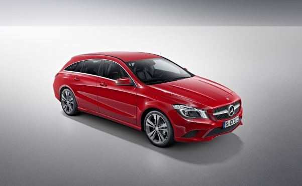 Mercedes CLA Shooting Brake boots the boot in