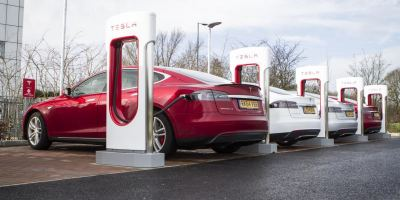 Tesla opens 17th Supercharger in the UK