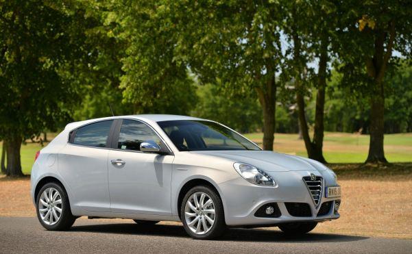 Alfa Romeo Giulietta Front View