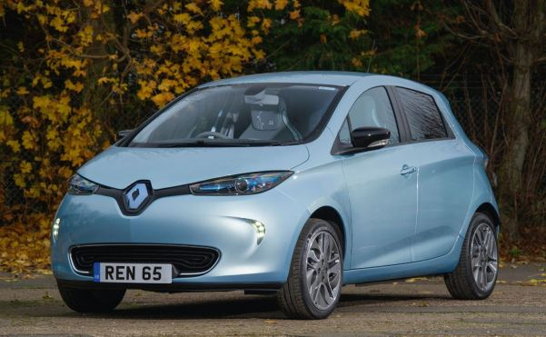 BLUE RENAULT ZOE FRONT VIEW