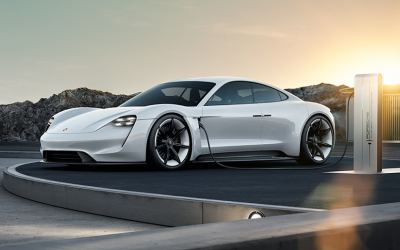 Porsche to make electric super car in a €700m project