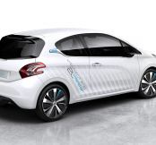Peugeot Unveils Its 141 208 HYbrid Air 2L Concept