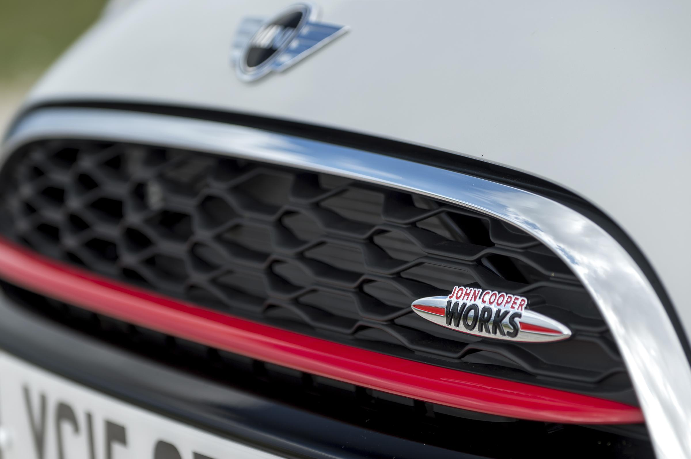 2 0 Litre 231bhp Mini John Cooper Works And Just 133g Km