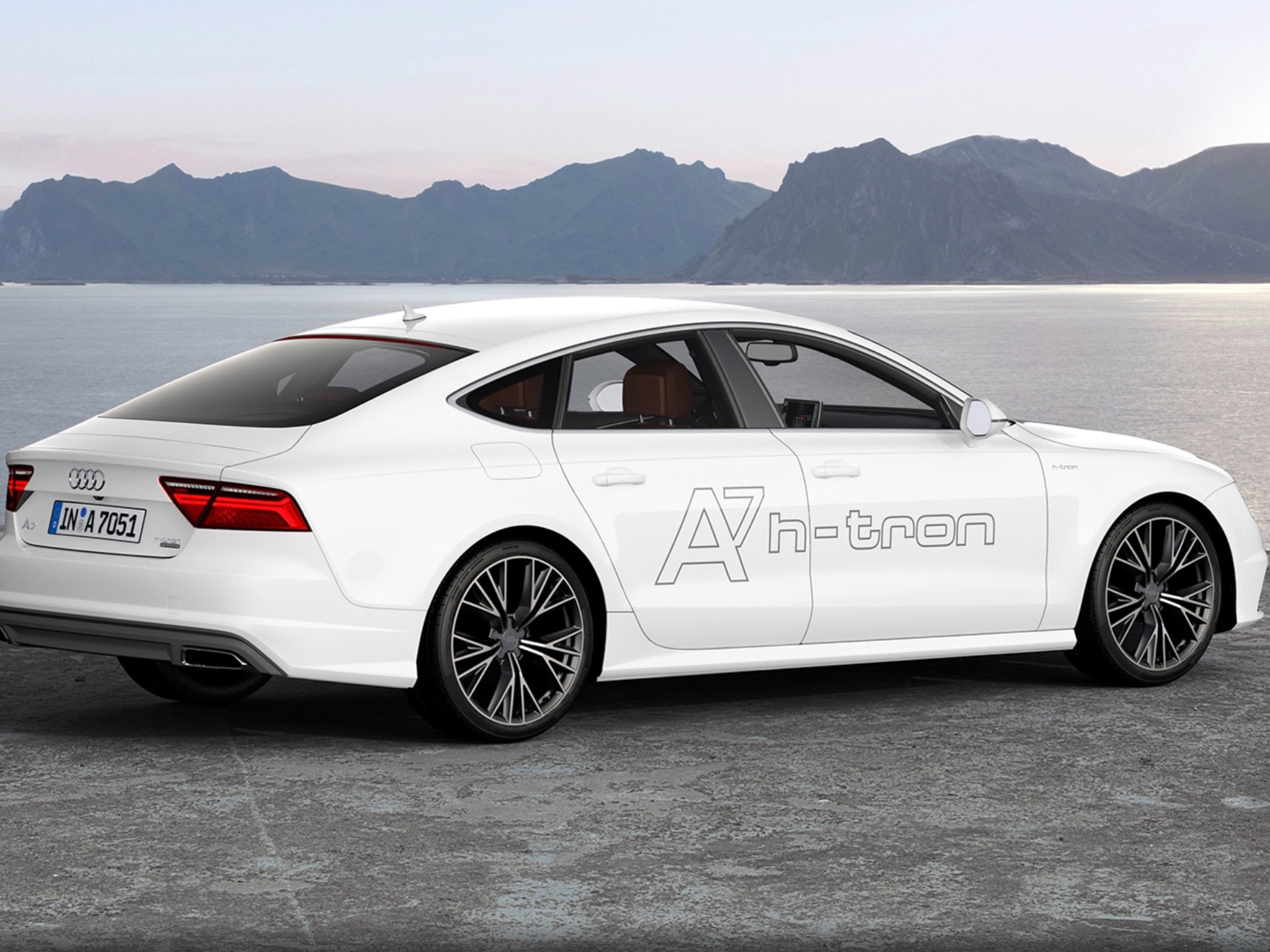 the new audi a7 h tron to hit a showroom near you soon. Black Bedroom Furniture Sets. Home Design Ideas
