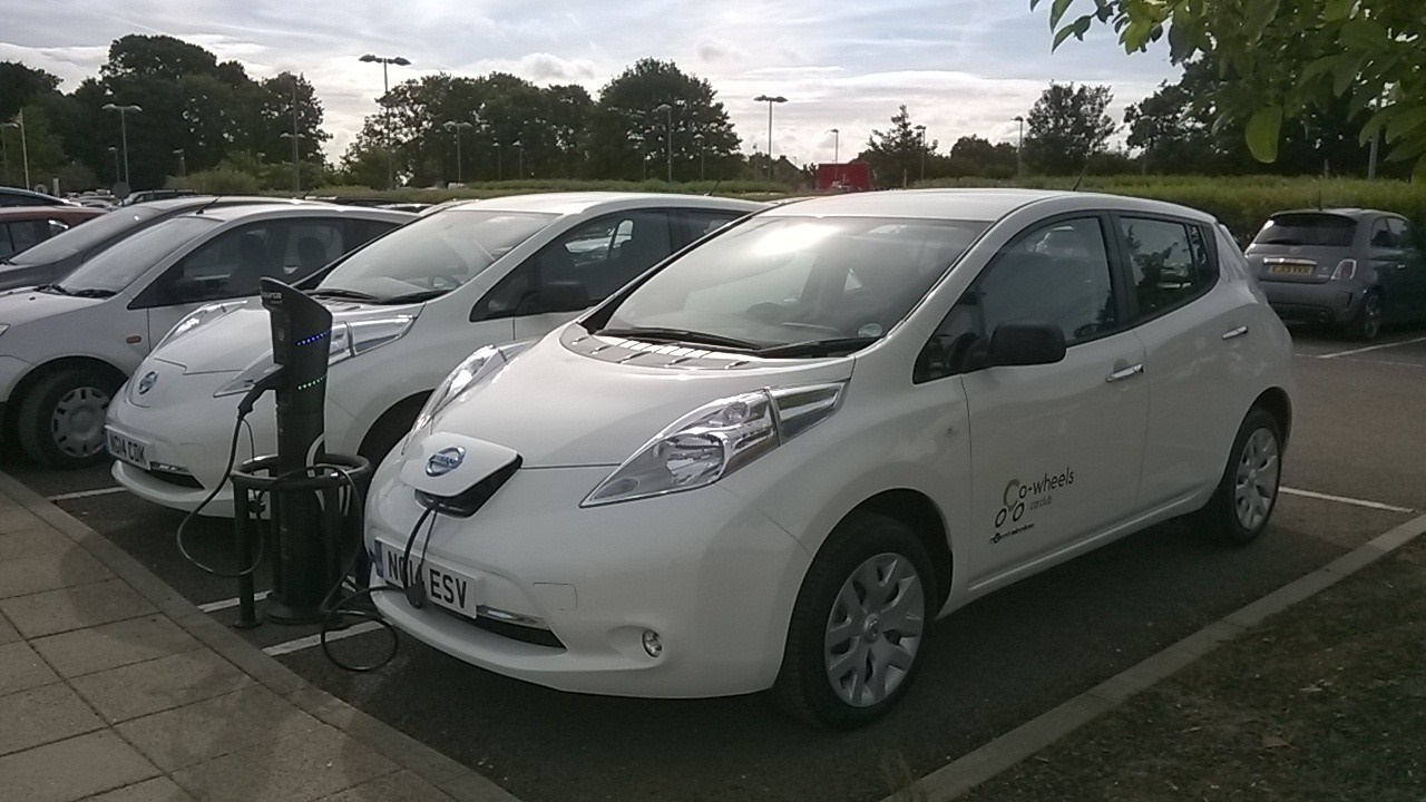 Smart_hire electric cars