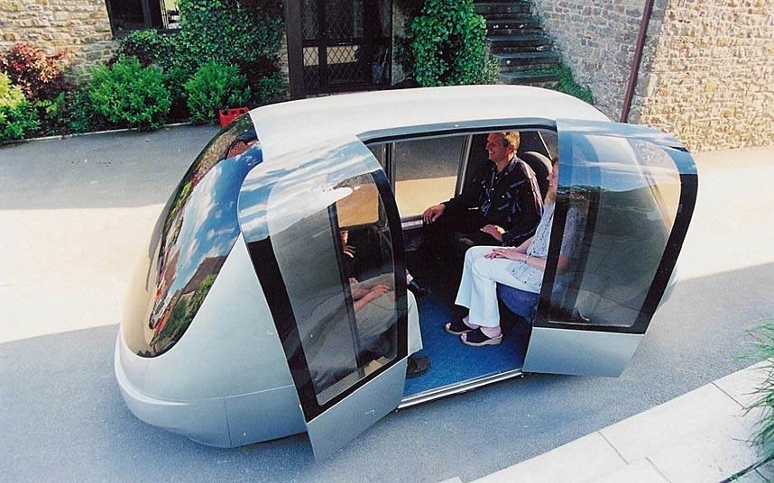 driverless-taxi car