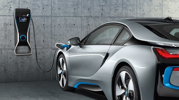 Find Out About The Bmw I8 Plug In Hybrid Electric Car Ev